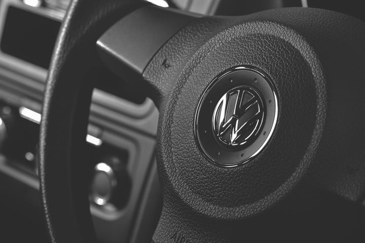remote key fobs vulnerable vw 100 million volkswagen vehicles hacked