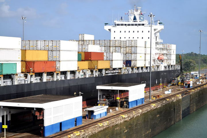 panama canal expansion opens 12206192  big container ship in a sluice gate the