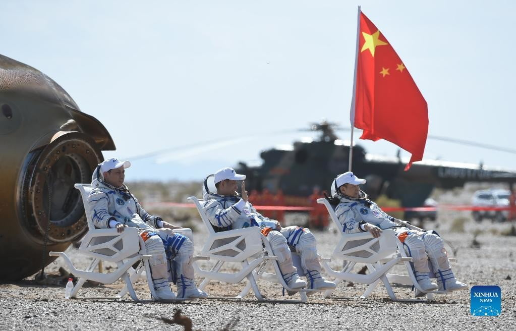 Three Astronauts Land After China's Longest Space Mission | Digital Trends