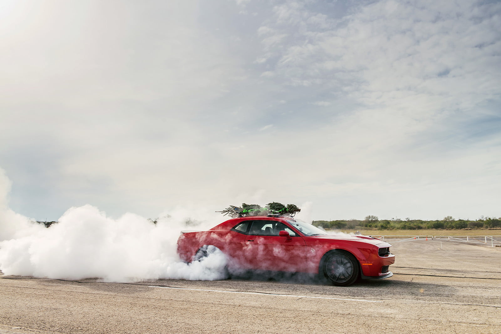 hennessey and dodge takes record for worlds fastest christmas tree 174mph 24