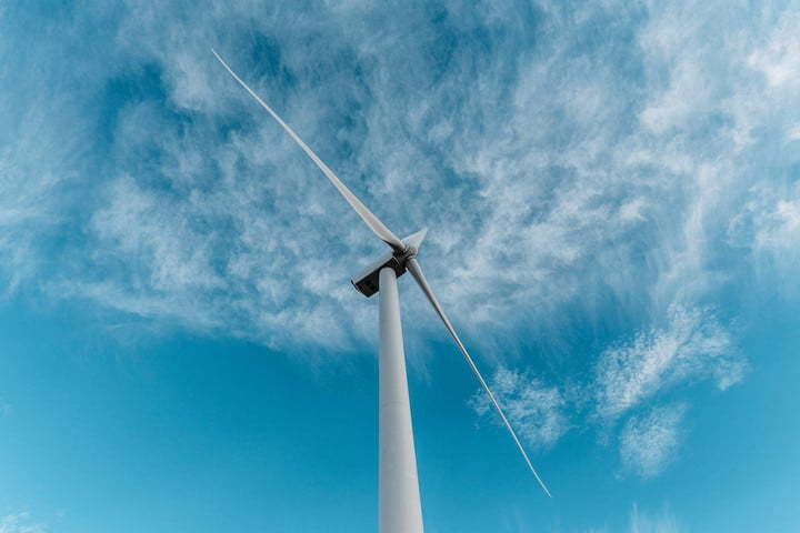 there are now over 50000 wind turbines operating in the u s 19 mil us homes powered by