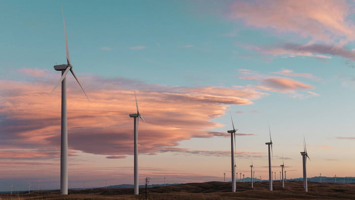 us generate enough renewable energy power country within 15 years study says 19 mil homes powered by wind turbines feat