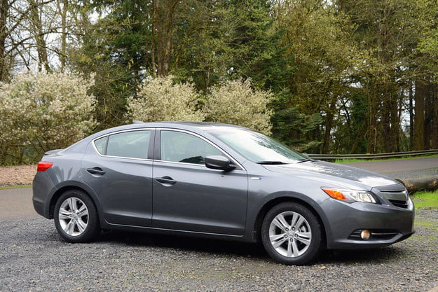 2013 acura ilx hybrid review exterior right