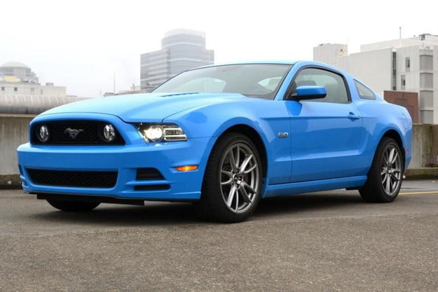2013 ford mustang review gt front angle 2 800x600