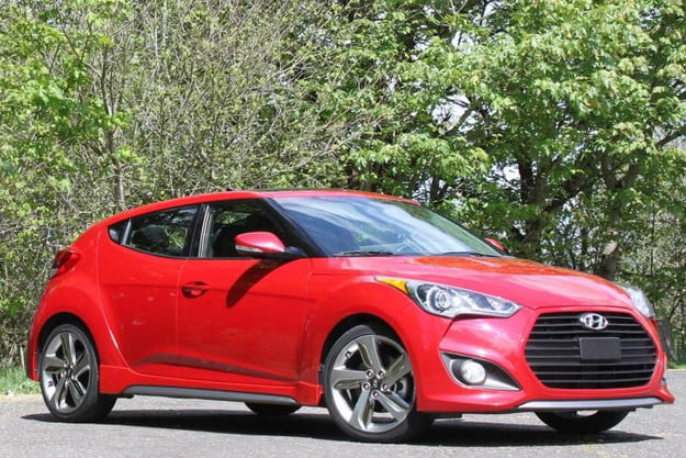 hyundai veloster review 2013 front right angle 800x600