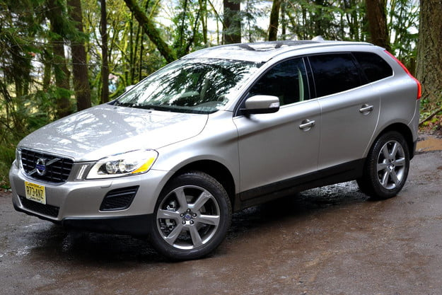 2013 volvo xc60 review side angle close