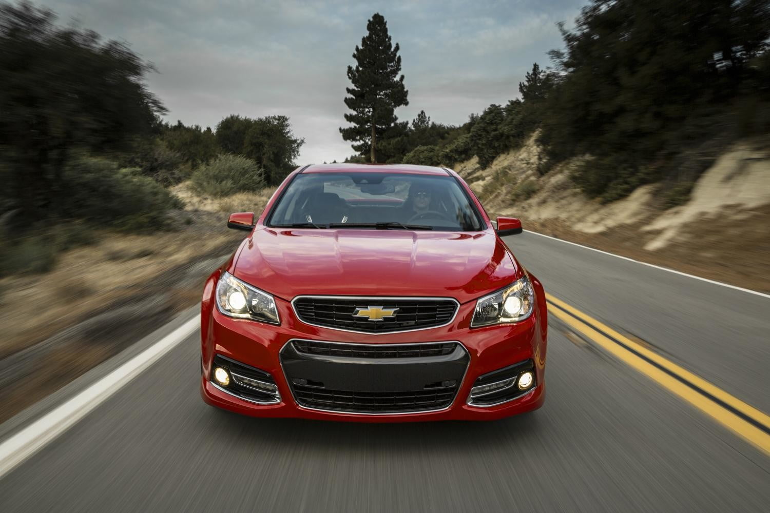 charger srt 8 vs chevy ss one v8 monsters reigns supreme king muscle cars 2014 chevrolet 029