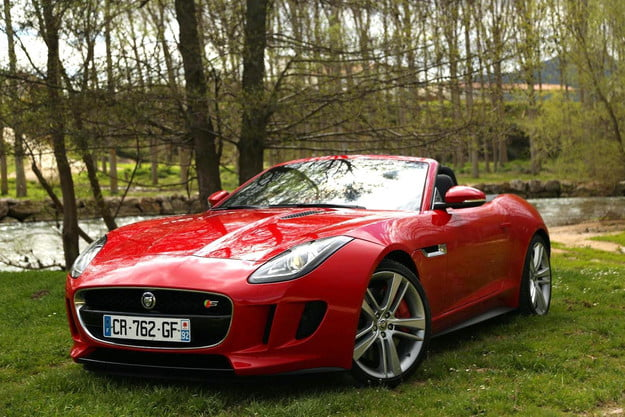 2014 jaguar f type review front