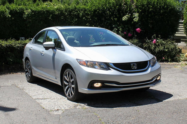 2015 Honda Civic EX front left angle
