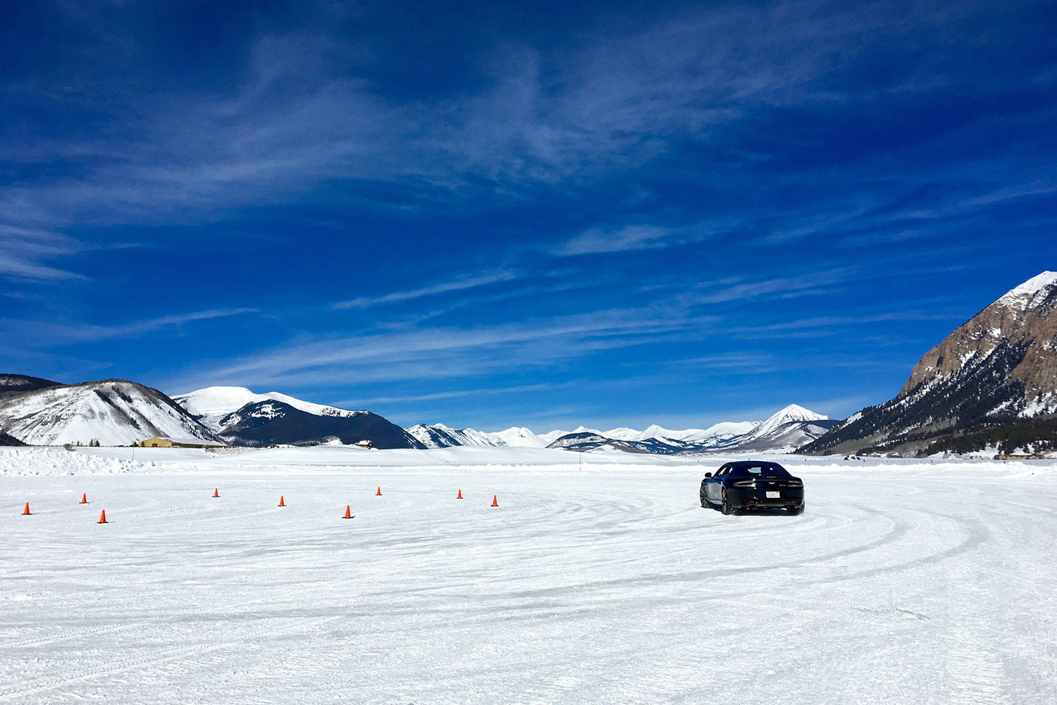 2016 aston martin on ice first drive track
