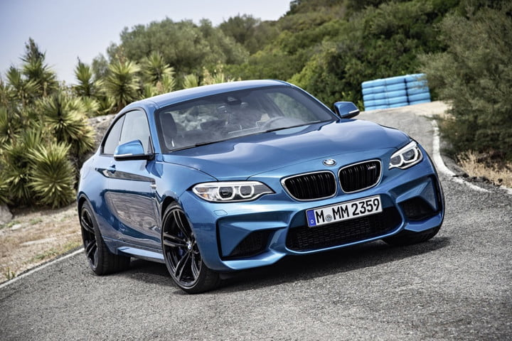 2016 BMW M2 front angle