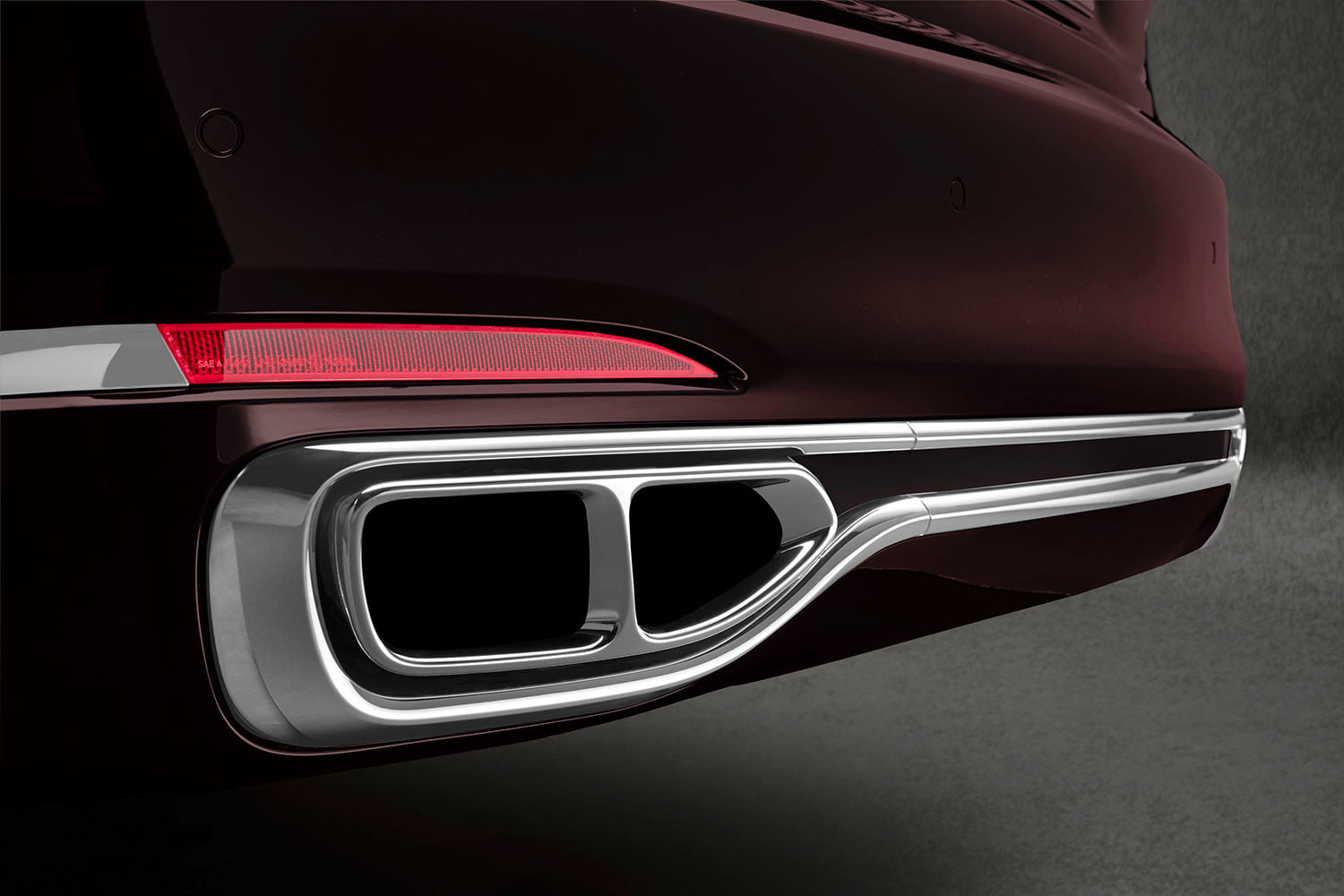 bmw is returning to its m car roots and ushering iperformance into the spotlight 2017 m760li xdrive 0033