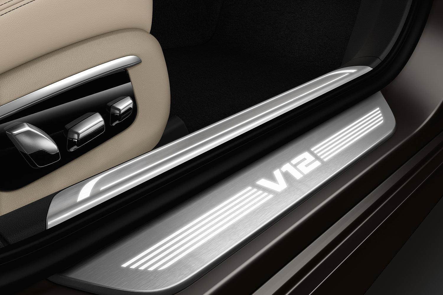 bmw is returning to its m car roots and ushering iperformance into the spotlight 2017 m760li xdrive 006