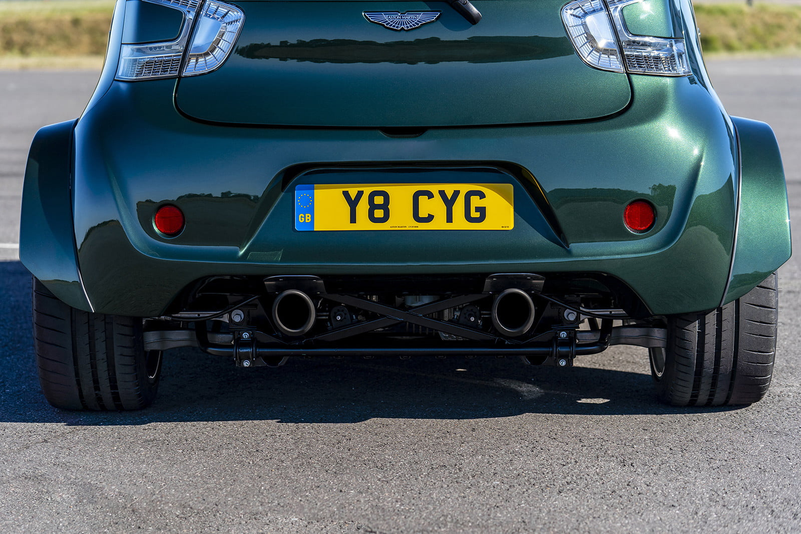 aston martin shoehorns the v8 vantage ss kit into a cygnet for goodwood 2018  5