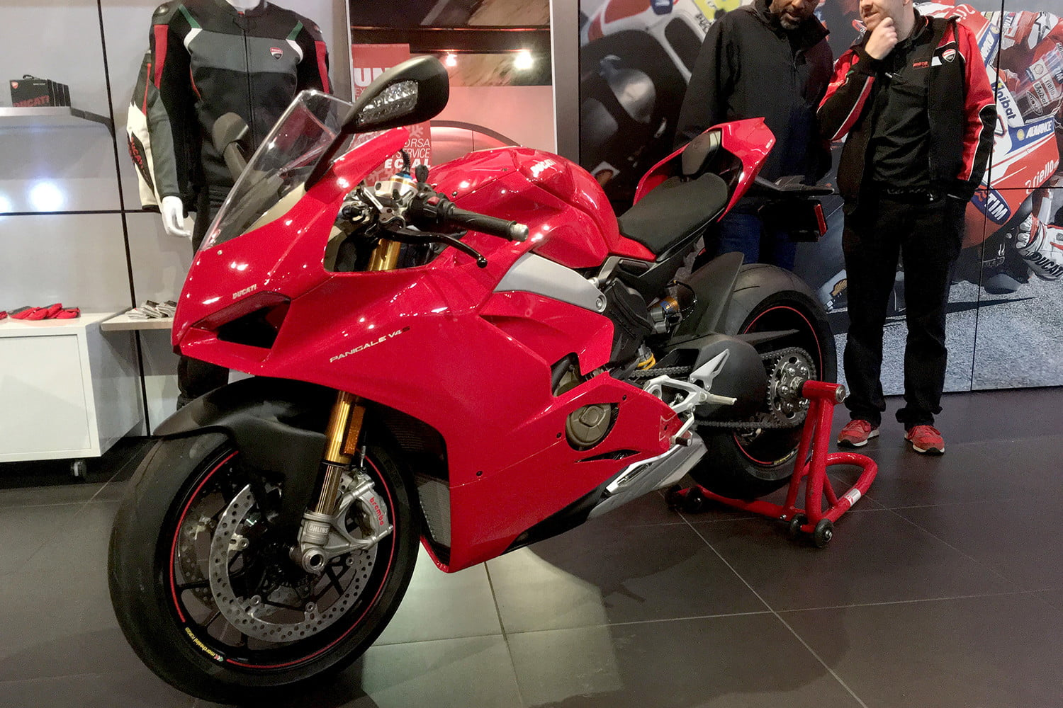 ducati 2018 motorcycle preview panigale v4 s full1