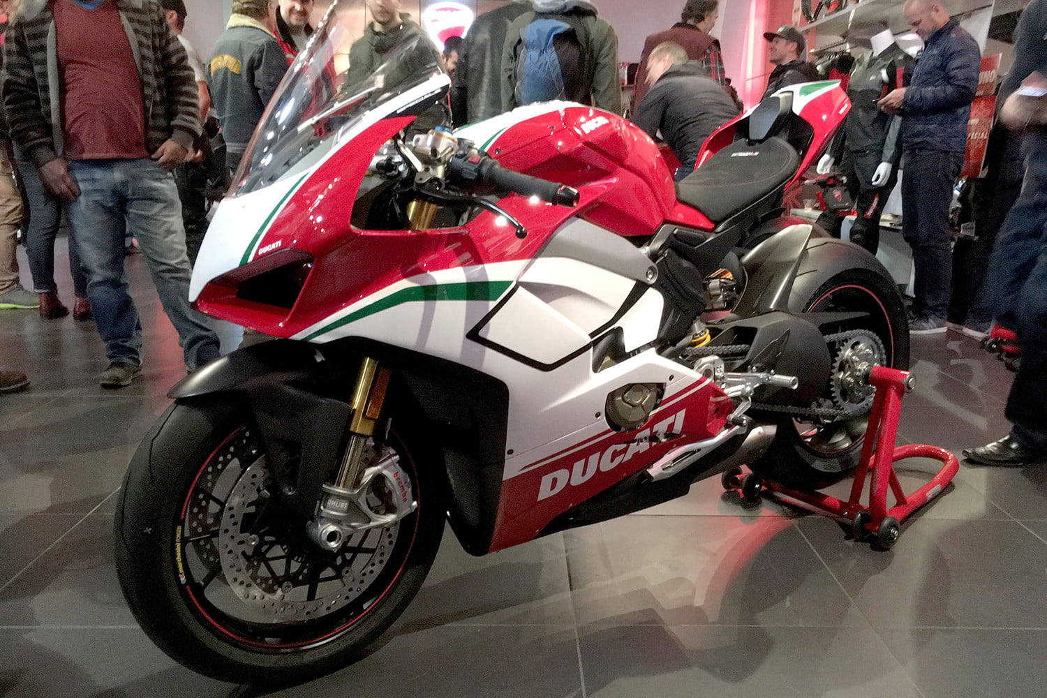 ducati 2018 motorcycle preview panigale v4 speciale full1