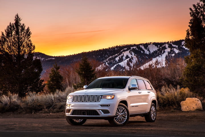 best cars for the snow 2018 jeep grand cherokee