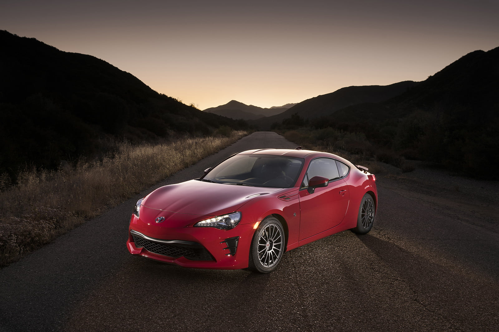 toyota and subaru reboot 86 sports coupe for second generation 2018  13