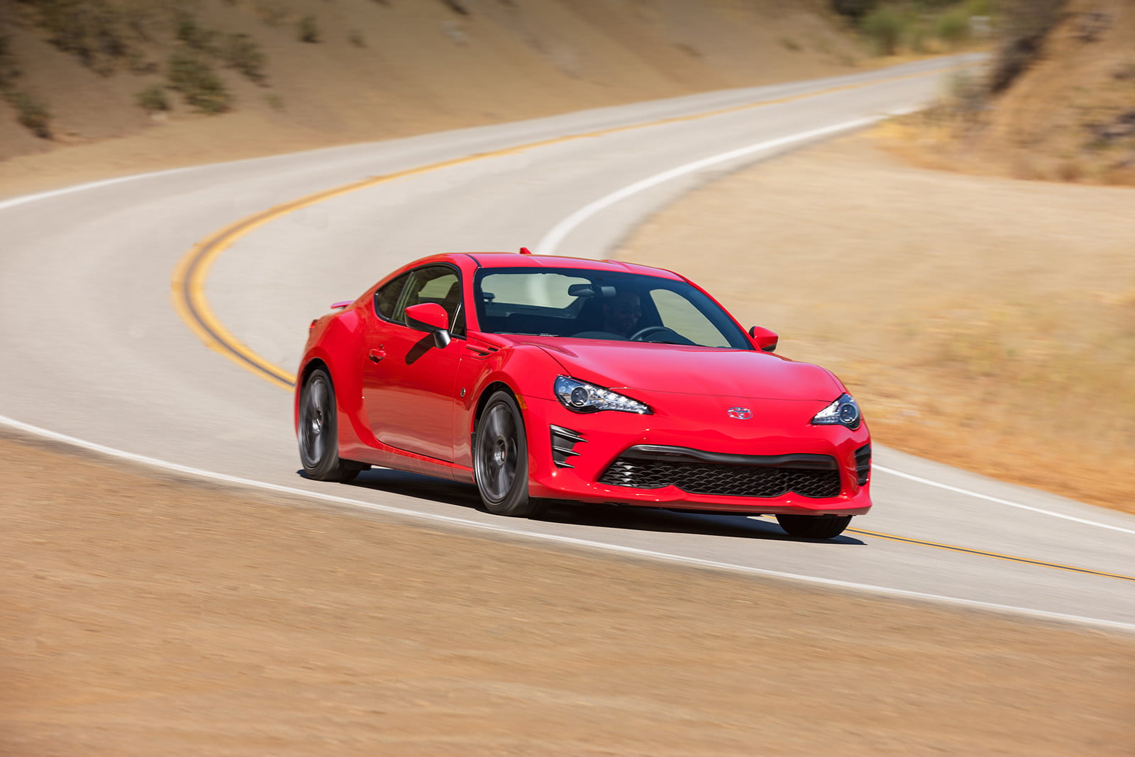 toyota and subaru reboot 86 sports coupe for second generation 2018  2