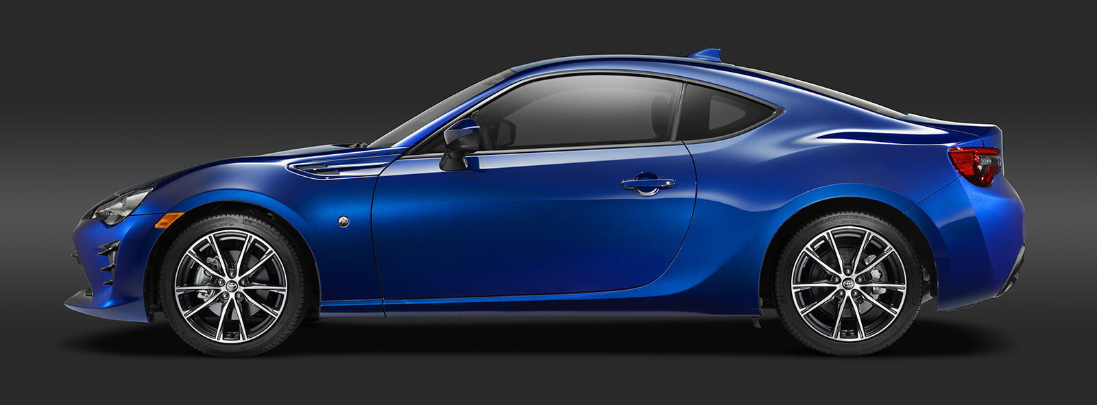 toyota and subaru reboot 86 sports coupe for second generation 2018  25