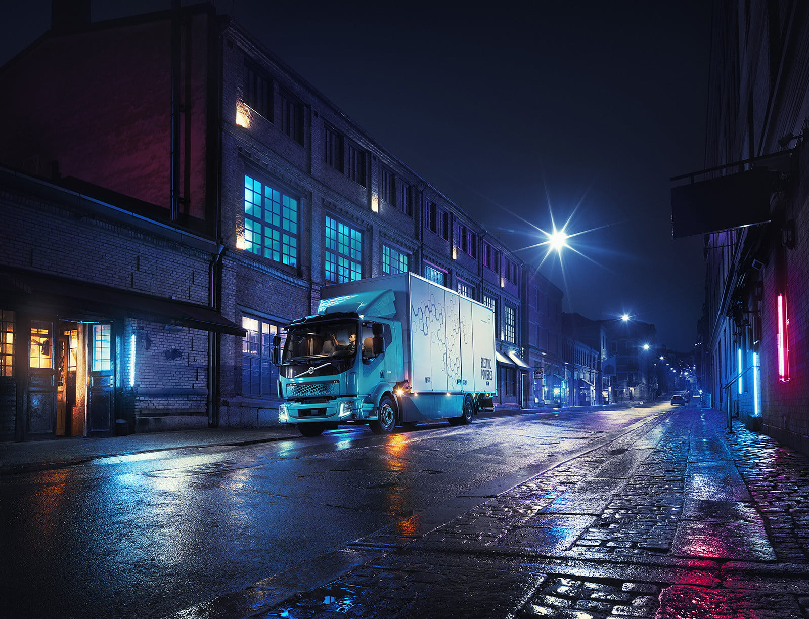 volvos introduces first ever all electric truck 2018  volvo trucks new fl 1