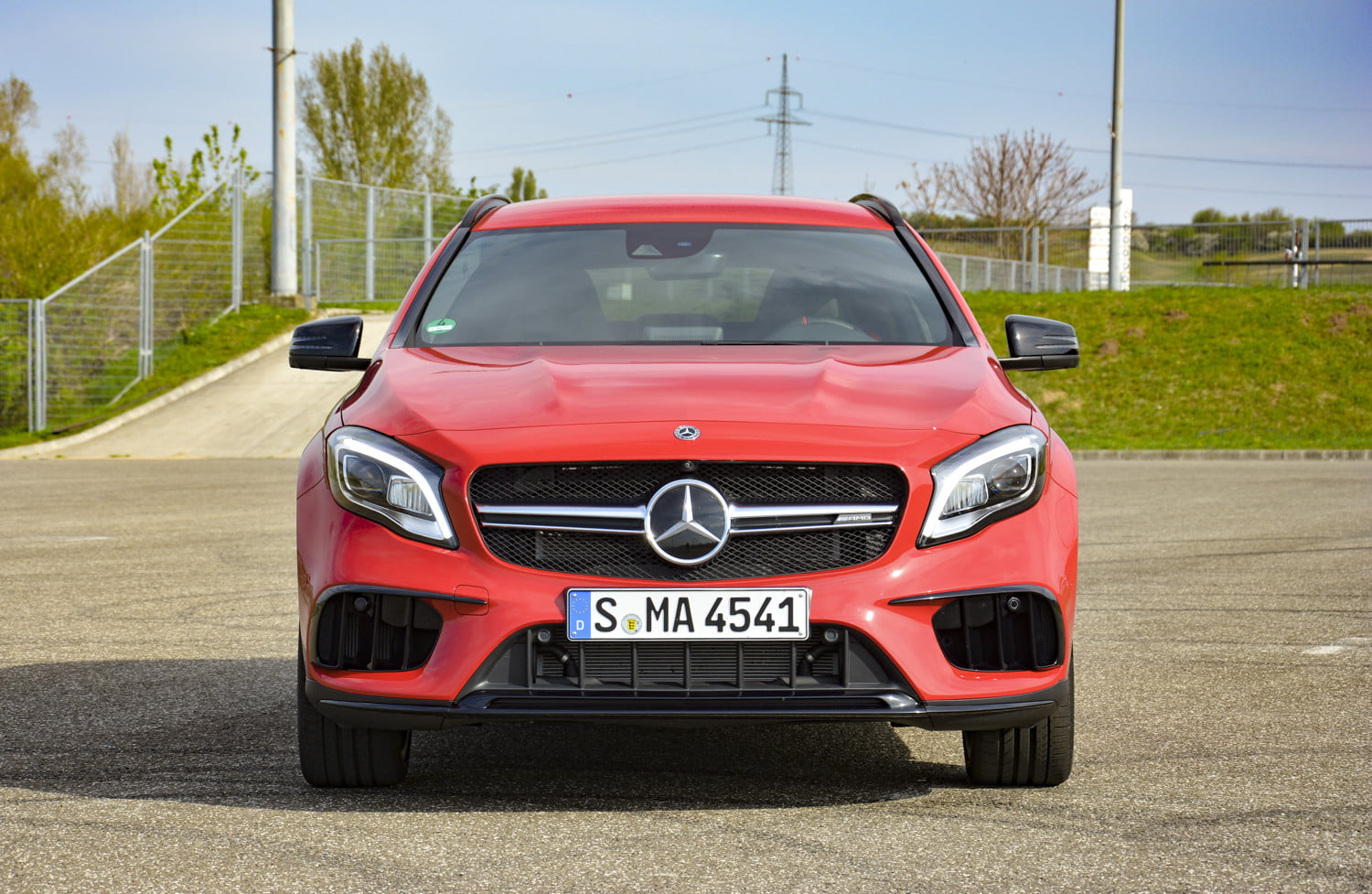 2018 mercedes amg gla45 first drive impressions specs 515