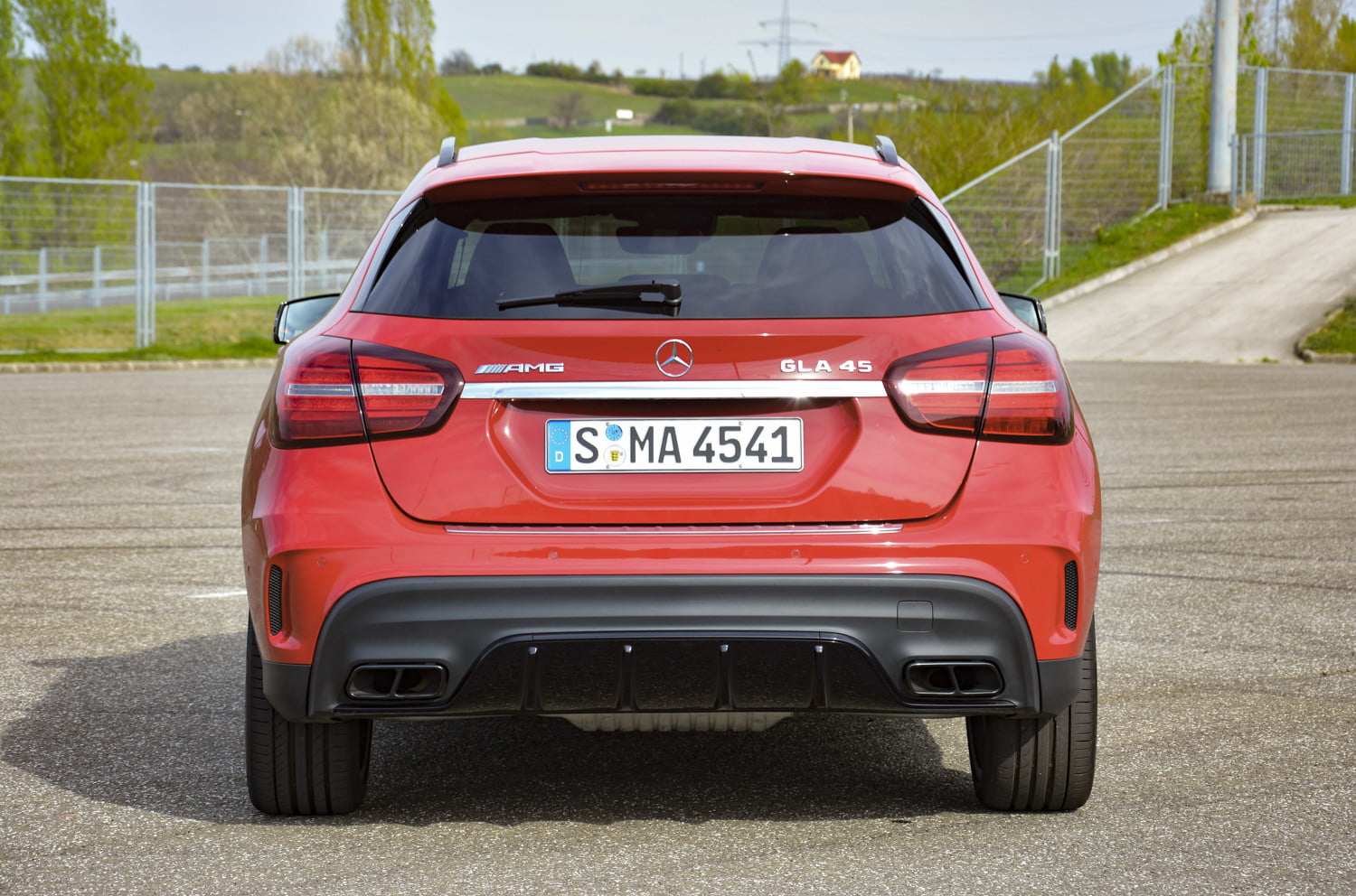 2018 mercedes amg gla45 first drive impressions specs 519