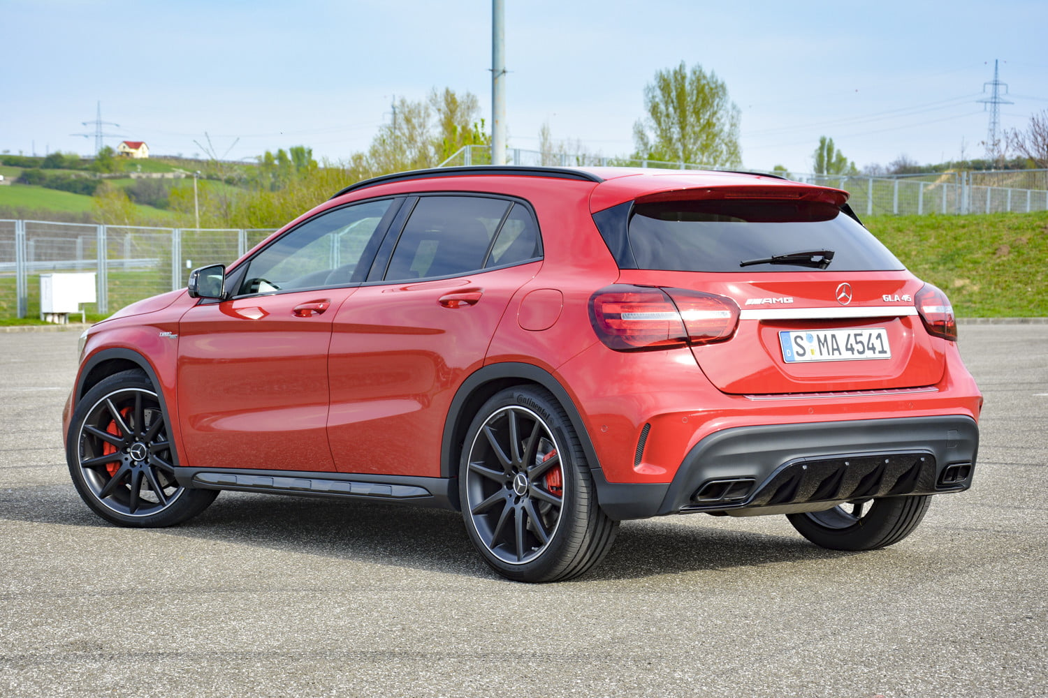 2018 mercedes amg gla45 first drive impressions specs 520
