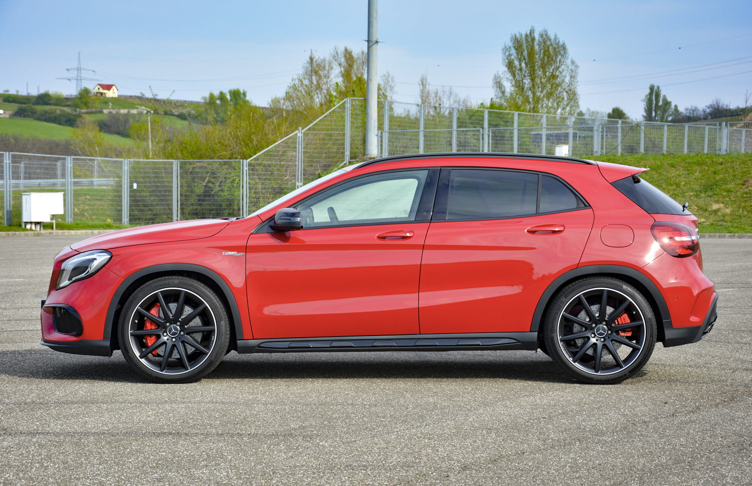 2018 mercedes amg gla45 first drive impressions specs 521