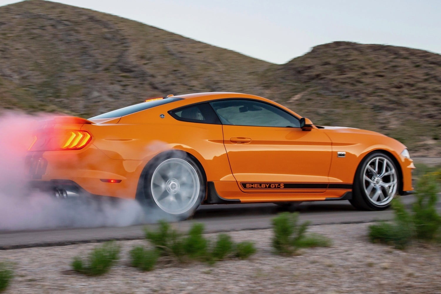 2019 Shelby GT-S Mustang Sixt rental car