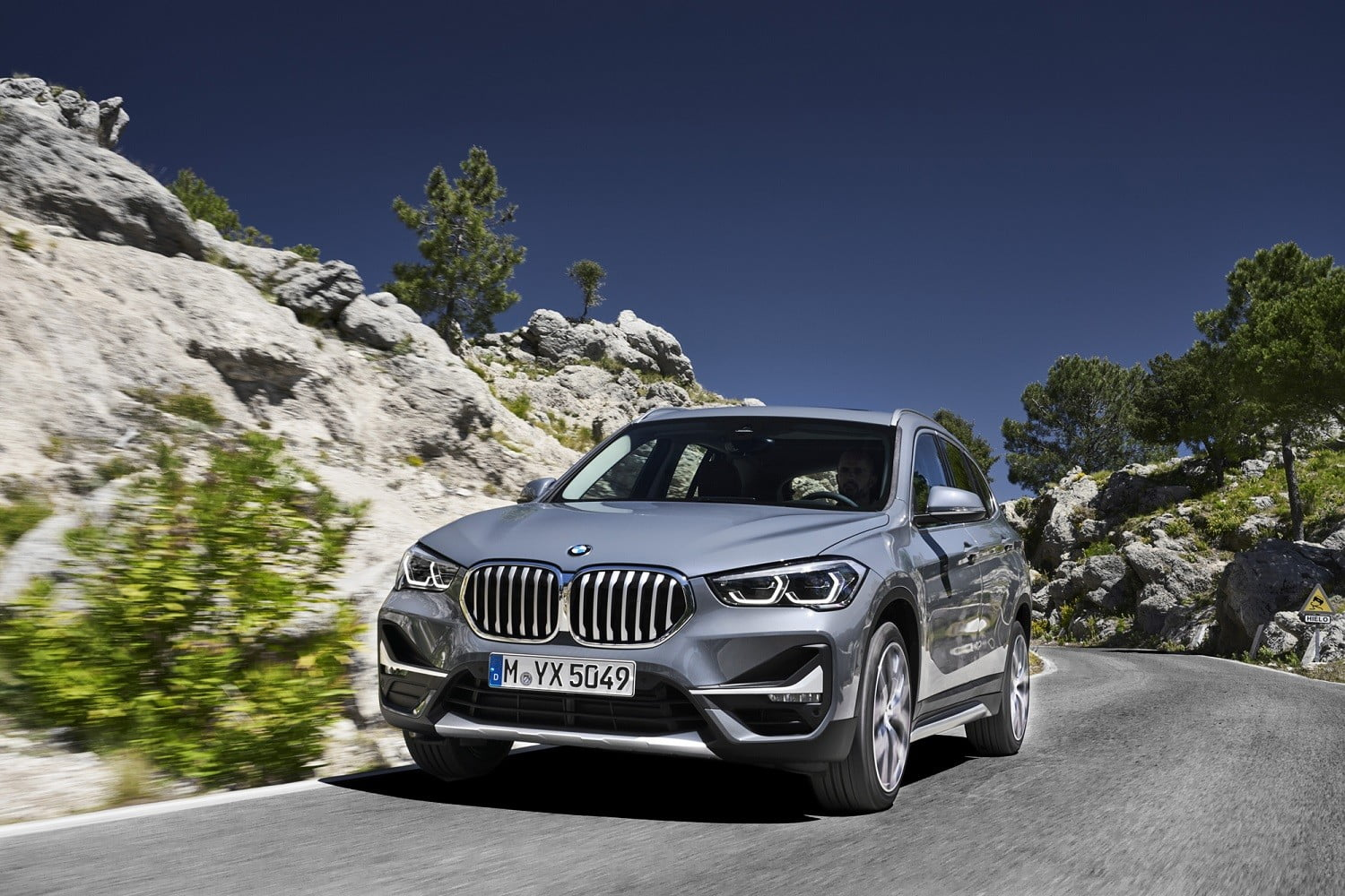 2020 bmw x1 gets new look front end interior upgrades official 2