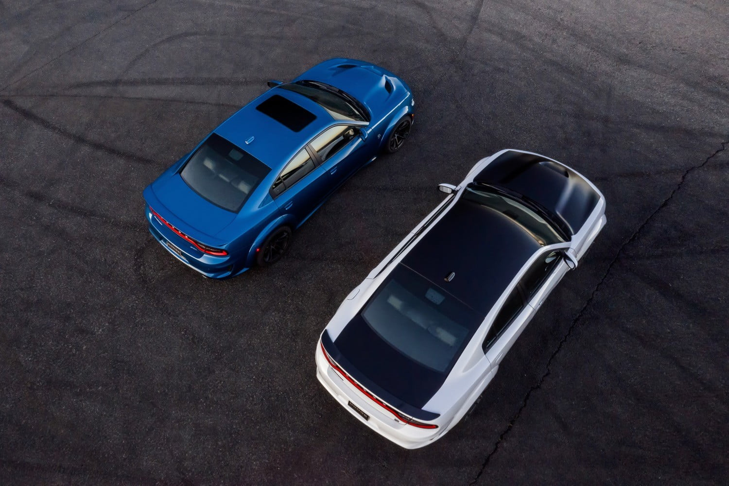 2020 dodge charger srt hellcat widebody and scat pack  left right