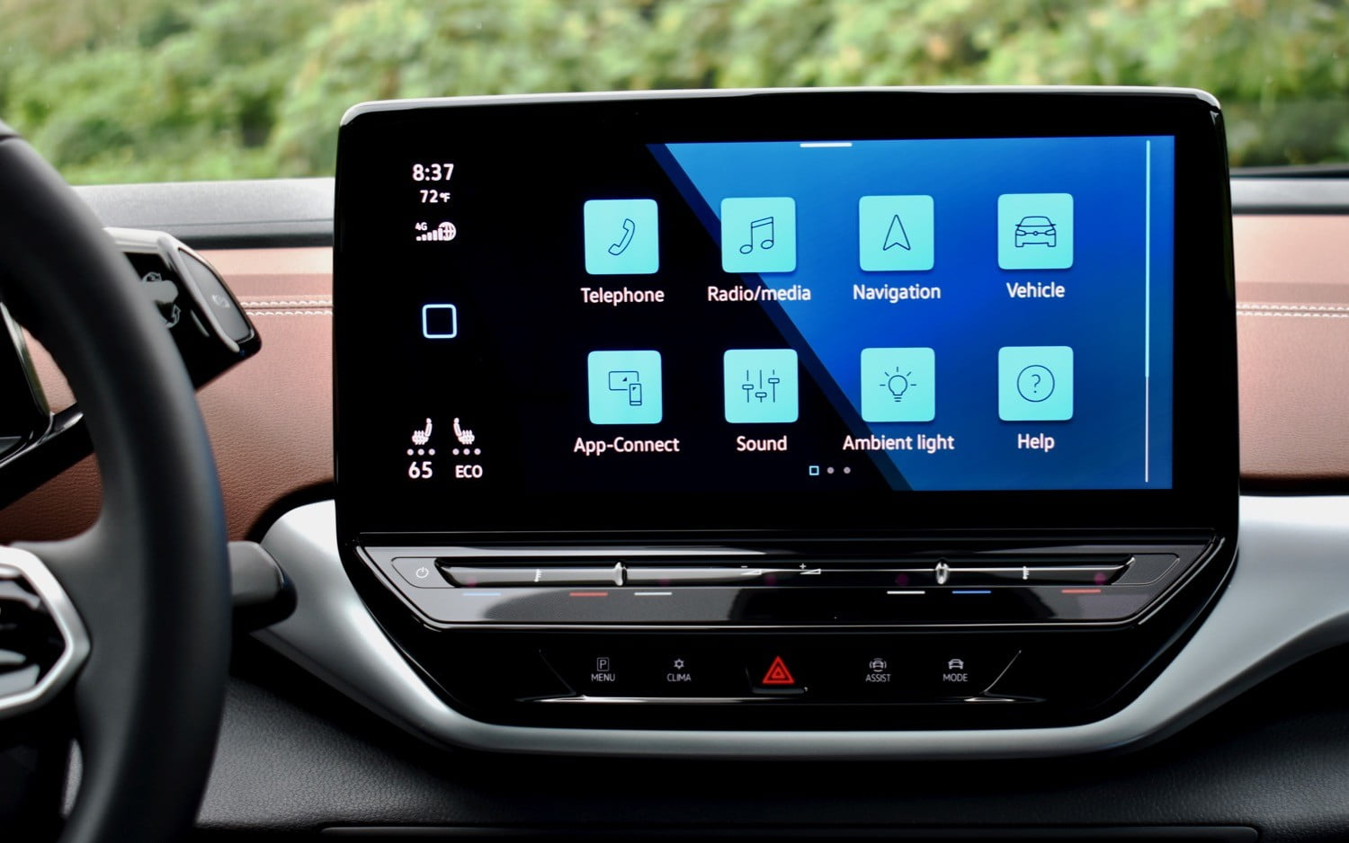 The 2021 Volkswagen ID.4 AWD's touchscreen.