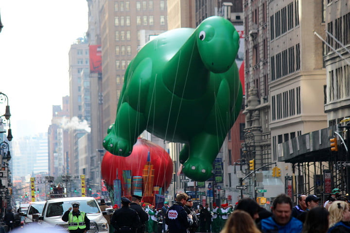 macys thanksgiving day parade live in 360 23250023211 1152751cbc k 2