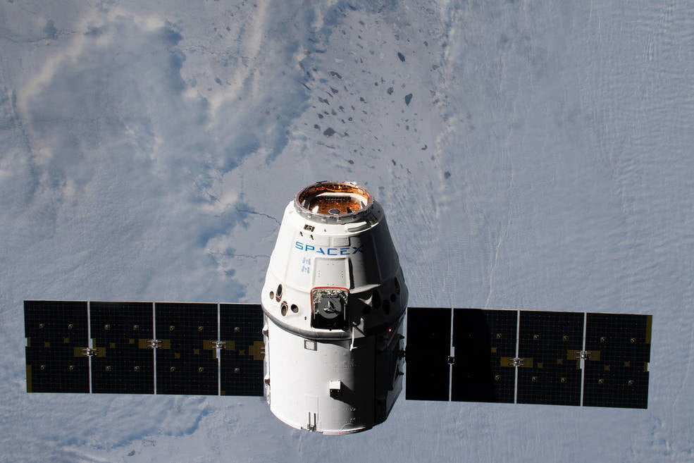 A SpaceX Dragon resupply ship approaches the International Space Station