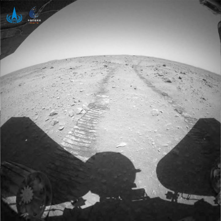 Tracks in the Martian regolith captured by China's Zhurong rover.