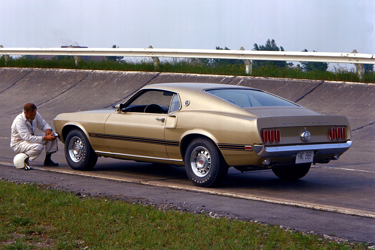 ford mustang history 69 4