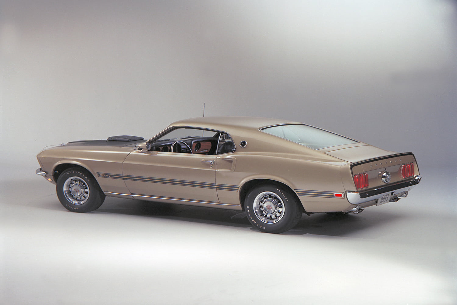 ford mustang history 69 8
