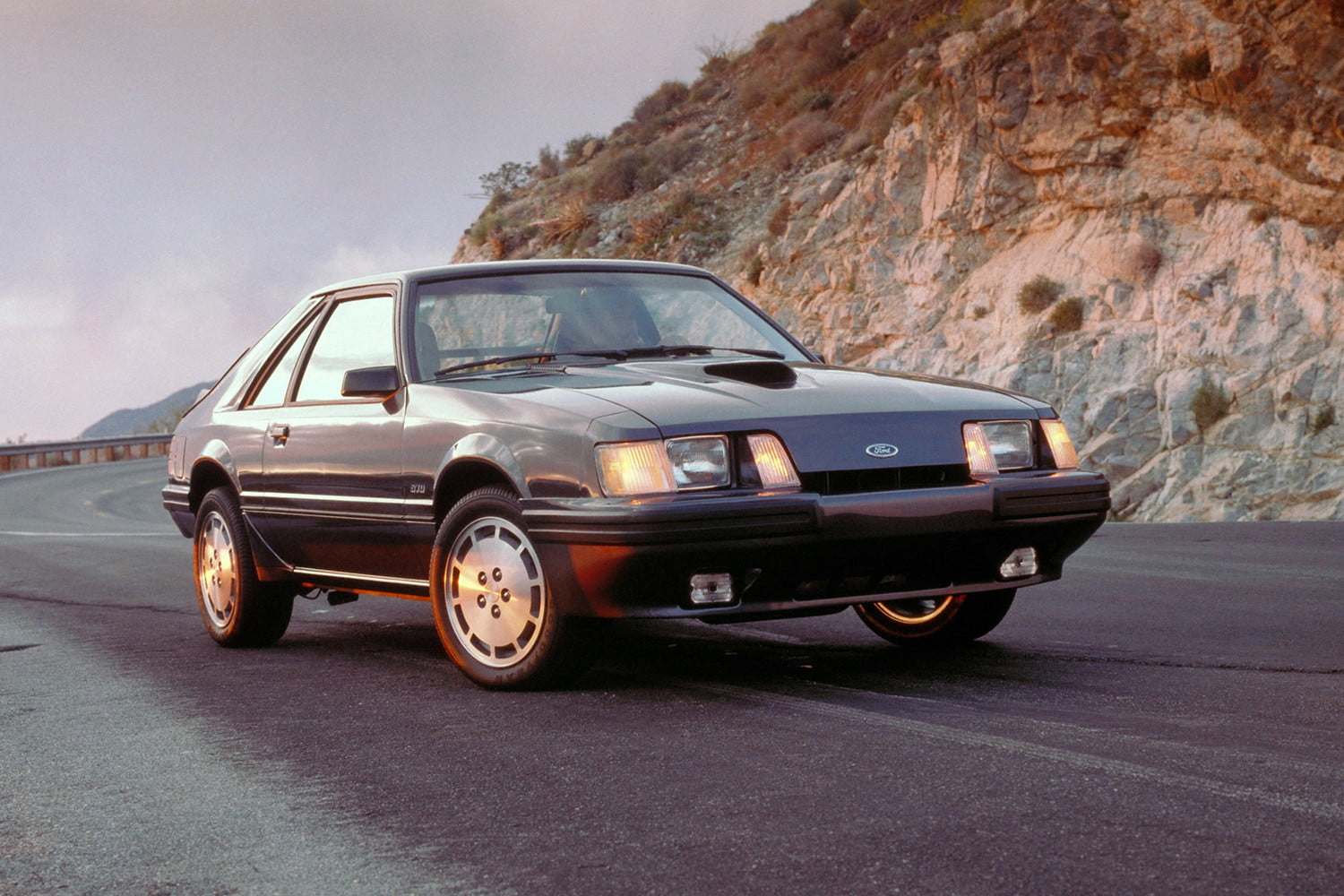ford mustang history 84 3