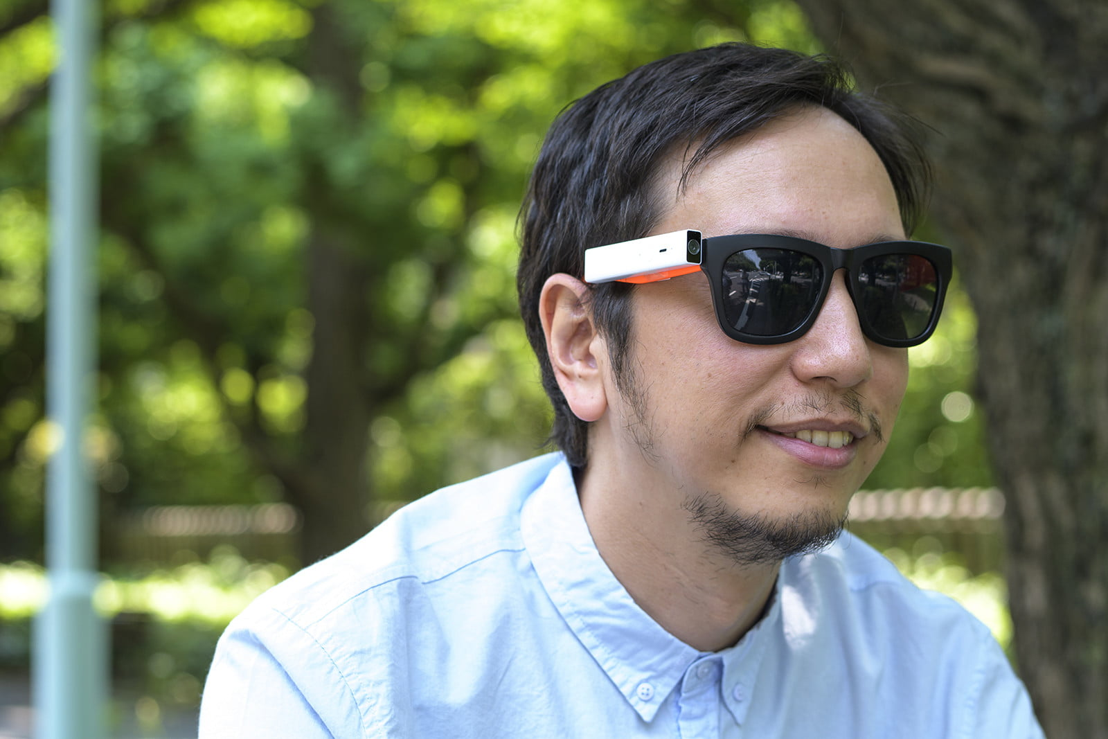 that google glass blink to shoot feature its headed any pair of glasses with blincam dsc4412
