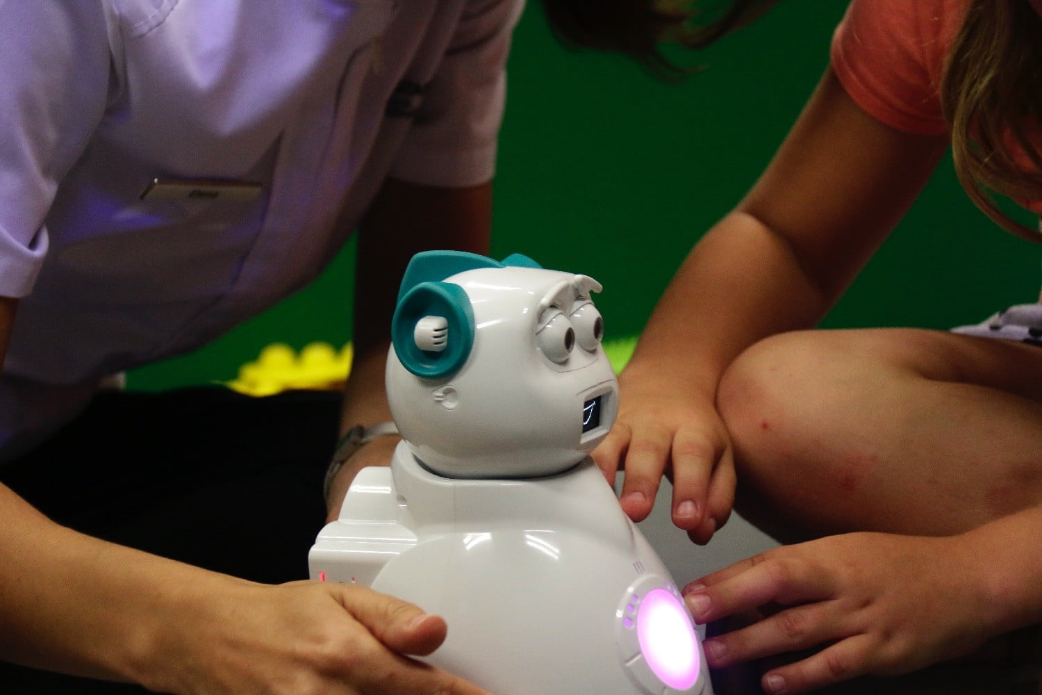 robot could help kids with autism mg 0850