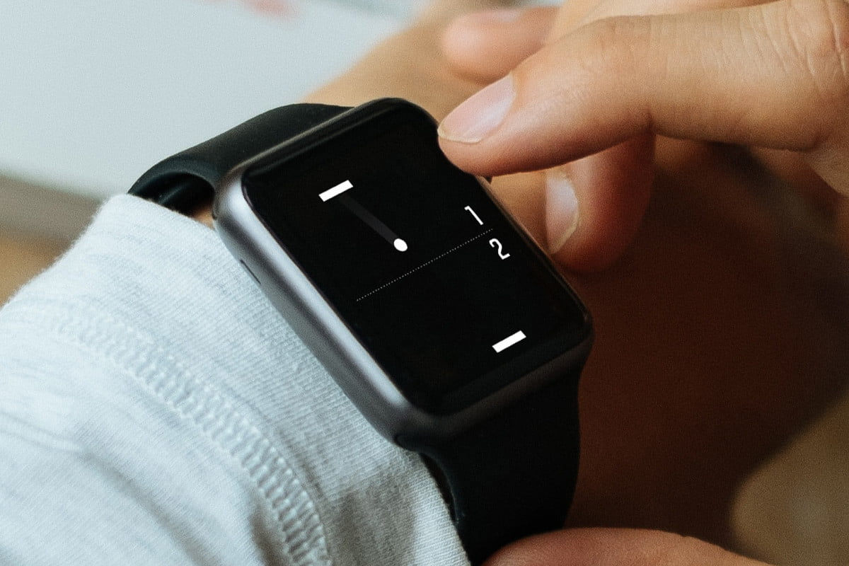 heres a tiny game of pong for your apple watch iphone ios 2
