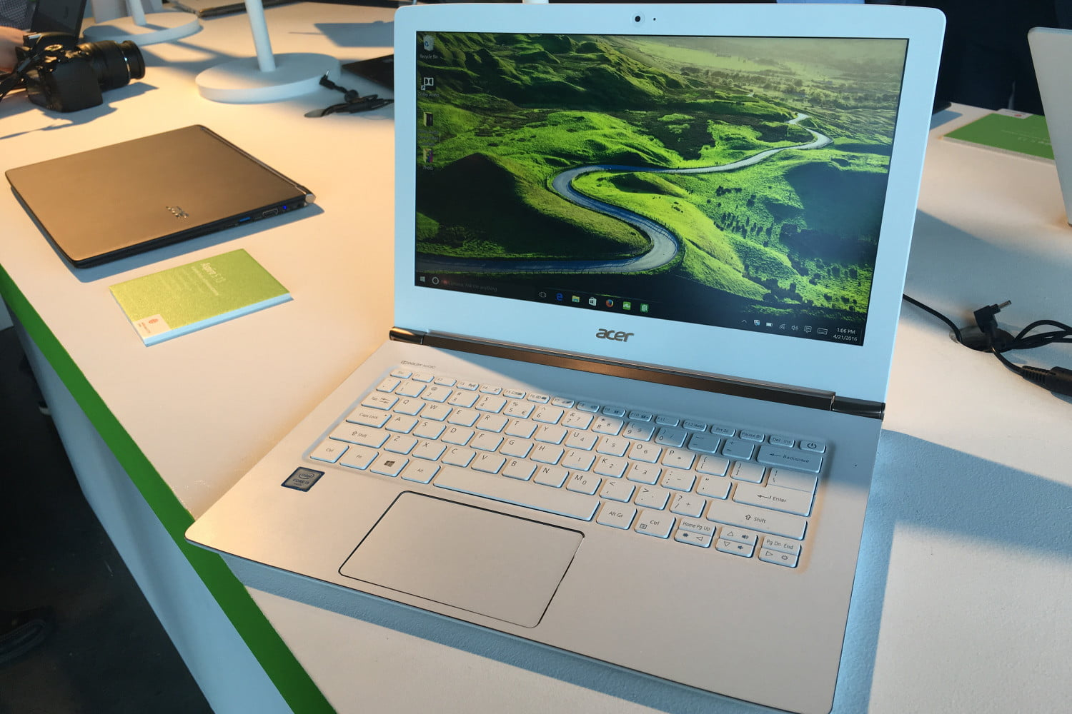 acer nyc event pc refresh aceraspires13 5