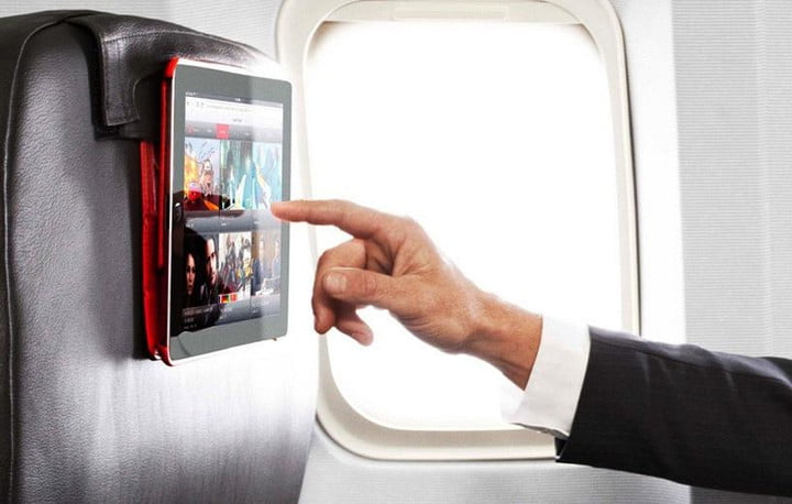 you will soon be able to use your gadgets during takeoff airplane flight ipad tablet gadget