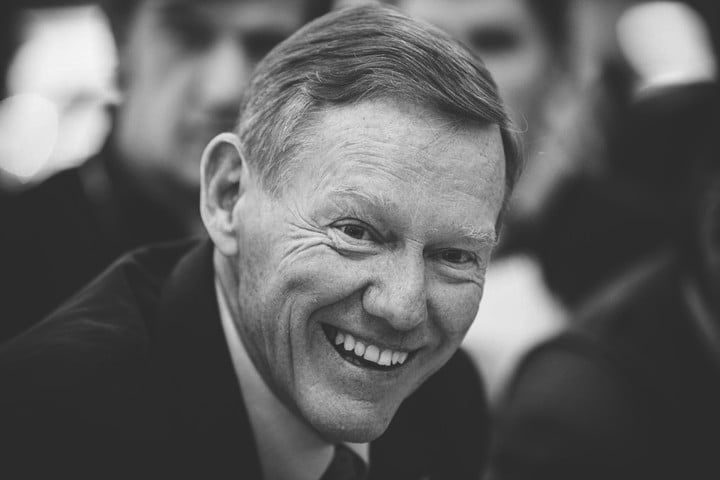former ford ceo alan mulally joins googles board directors