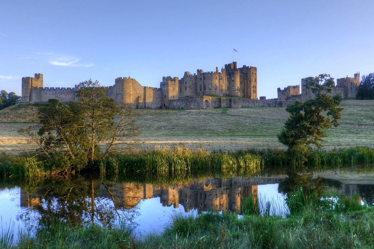10 famous movie locations you can actually visit alnwick castle 1