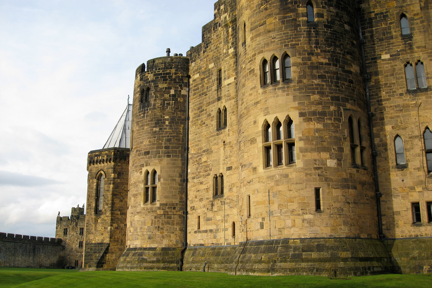 10 famous movie locations you can actually visit alnwick castle 3