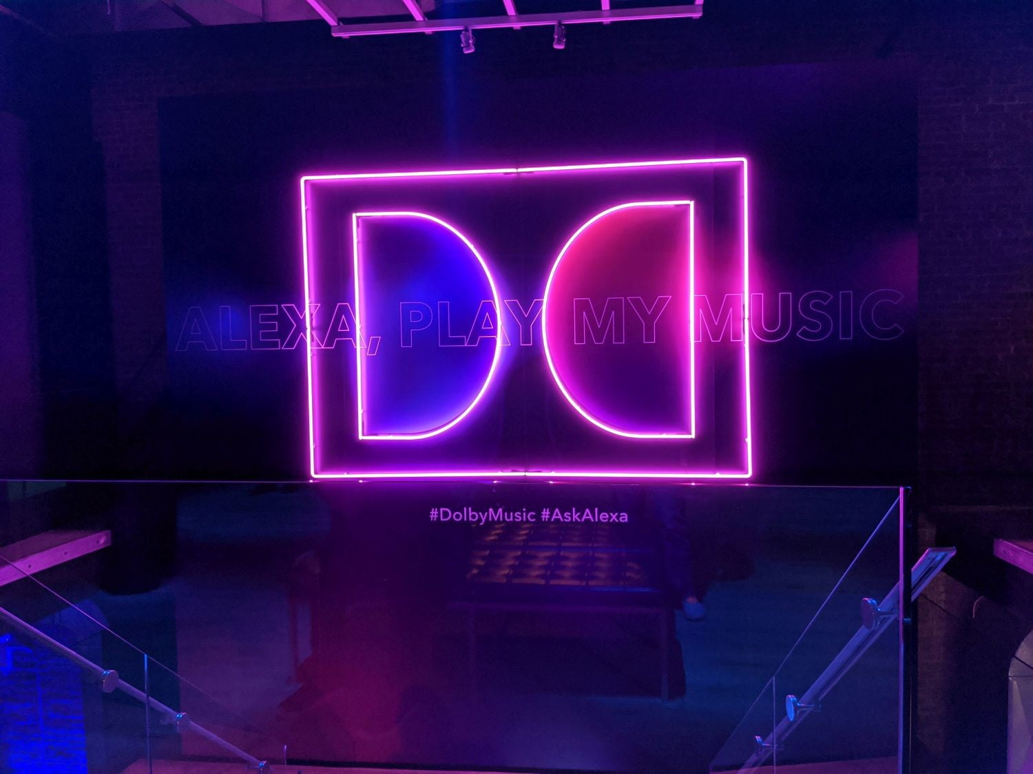 dolby sign