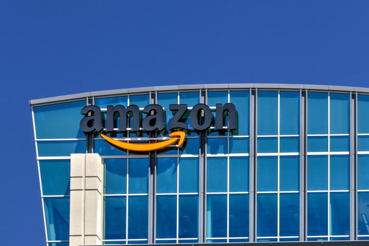 Amazon cancels live TV streaming plans