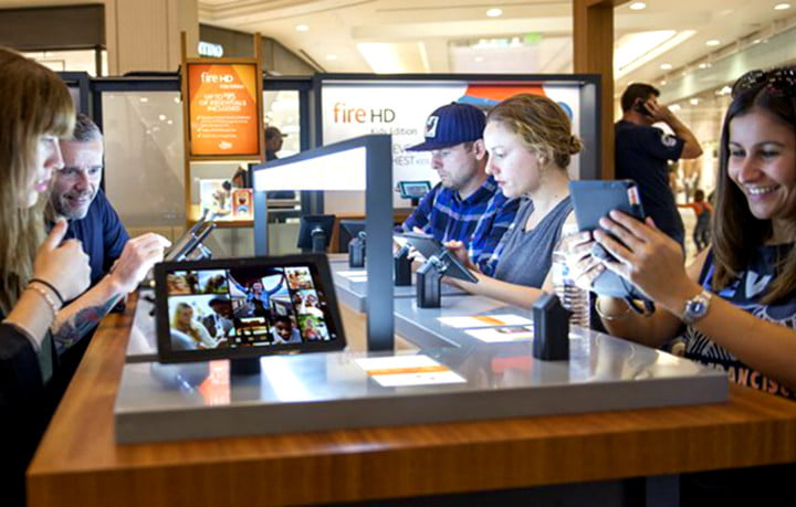 amazon pop up stores malls 1